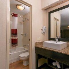 Отель Red Roof Inn PLUS+ Columbus-Ohio State University OSU ванная фото 2