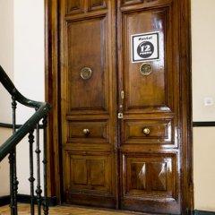 Отель 12 Rooms Мадрид сейф в номере
