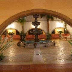 Hotel Mision Santa Maria интерьер отеля