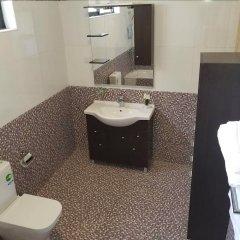 Отель Balance Sheet Hotel Гана, Мори - отзывы, цены и фото номеров - забронировать отель Balance Sheet Hotel онлайн ванная фото 2