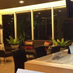 Отель The Aim Sathorn Hotel Таиланд, Бангкок - отзывы, цены и фото номеров - забронировать отель The Aim Sathorn Hotel онлайн интерьер отеля фото 2