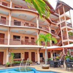 Отель Phratamnak Inn бассейн фото 2