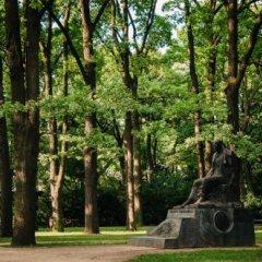 Globetrotter Hostel Варшава приотельная территория