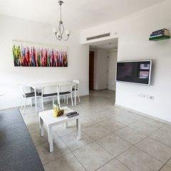 Selected Tel Aviv Apartments Израиль, Тель-Авив - отзывы, цены и фото номеров - забронировать отель Selected Tel Aviv Apartments онлайн комната для гостей фото 4