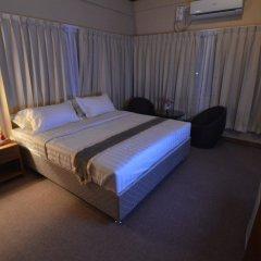 Kyi Tin Hotel комната для гостей фото 4