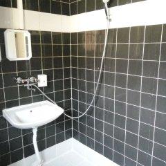 Отель Bell Hostel Болгария, Пловдив - отзывы, цены и фото номеров - забронировать отель Bell Hostel онлайн ванная