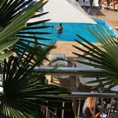 TM Deluxe Hotel бассейн фото 3
