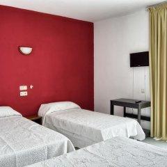 Отель Hostal Bonavista Испания, Бланес - 1 отзыв об отеле, цены и фото номеров - забронировать отель Hostal Bonavista онлайн комната для гостей фото 2