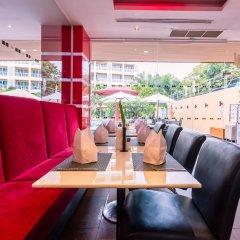 Отель Nova Platinum Паттайя гостиничный бар