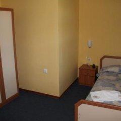 Отель Guest Houses Kedar Болгария, Долна баня - отзывы, цены и фото номеров - забронировать отель Guest Houses Kedar онлайн комната для гостей фото 3