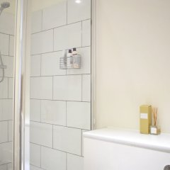 Отель Spacious 1 Bedroom Flat In Piccadilly Circus ванная фото 2
