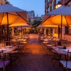 Отель Les Jardins Du Marais Париж питание