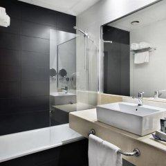 Отель Weare Chamartín Испания, Мадрид - 1 отзыв об отеле, цены и фото номеров - забронировать отель Weare Chamartín онлайн ванная