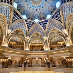 Отель Emirates Palace Abu Dhabi спортивное сооружение