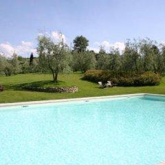 Отель Villa Poggio Ai Merli бассейн фото 2