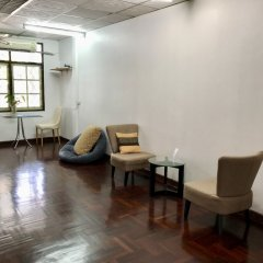 Отель Sira's House Бангкок интерьер отеля
