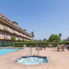 Отель Travelodge by Wyndham Sylmar CA США, Лос-Анджелес - отзывы, цены и фото номеров - забронировать отель Travelodge by Wyndham Sylmar CA онлайн детские мероприятия