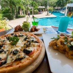 Отель All Seasons Naiharn Phuket Таиланд, Пхукет - - забронировать отель All Seasons Naiharn Phuket, цены и фото номеров питание