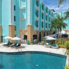 Отель Wave бассейн