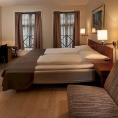 Отель Karl Johan Hotell Осло сейф в номере