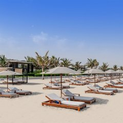 Отель The Oberoi Beach Resort, Al Zorah пляж