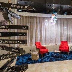 TRYP Barcelona Apolo Hotel гостиничный бар