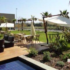 Отель Cosmopolitan Hotel Италия, Чивитанова-Марке - отзывы, цены и фото номеров - забронировать отель Cosmopolitan Hotel онлайн бассейн фото 3