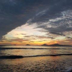Отель Agribank Hoi An Beach Resort Вьетнам, Хойан - отзывы, цены и фото номеров - забронировать отель Agribank Hoi An Beach Resort онлайн пляж фото 2