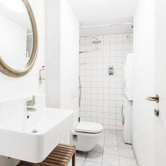 Отель 120m2 Apartment in Nyhavn Дания, Копенгаген - отзывы, цены и фото номеров - забронировать отель 120m2 Apartment in Nyhavn онлайн ванная фото 2