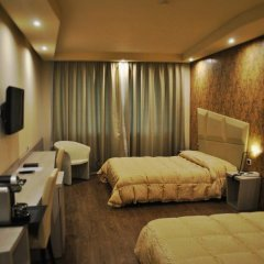 Отель Hostellerie Du Cheval Blanc Аоста комната для гостей фото 3