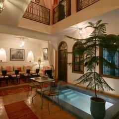 Отель Riad De La Semaine интерьер отеля
