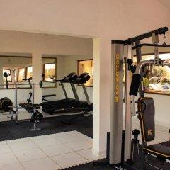 Hotel Plaza Tucanes фитнесс-зал