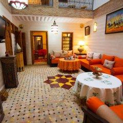 Отель Dar Ikalimo Marrakech комната для гостей фото 5