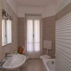 Отель Extralbergodiffuso Principe Tommaso Италия, Турин - отзывы, цены и фото номеров - забронировать отель Extralbergodiffuso Principe Tommaso онлайн ванная