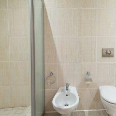 Гостиница Золотой Затон ванная фото 2