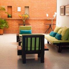 Отель Casa Santa Mónica Колумбия, Кали - отзывы, цены и фото номеров - забронировать отель Casa Santa Mónica онлайн интерьер отеля фото 3