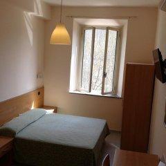 Отель Friendship Place сейф в номере