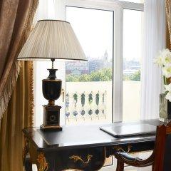Отель The Westin Palace, Madrid балкон