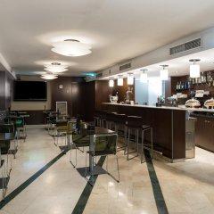Hotel Catalonia Atenas гостиничный бар
