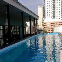 Tints of Blue Hotel бассейн фото 3