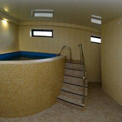 Гостиница Канцлер бассейн