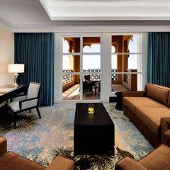 Отель Sheraton Sharjah Beach Resort & Spa комната для гостей