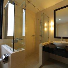 Отель The Dawin Бангкок ванная
