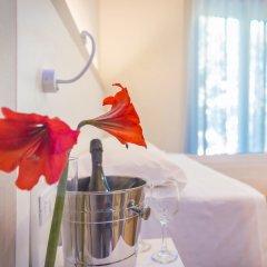 Hotel Amicizia Rimini комната для гостей фото 7