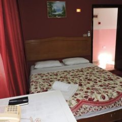 Отель Valentine Inn Иордания, Вади-Муса - отзывы, цены и фото номеров - забронировать отель Valentine Inn онлайн сейф в номере