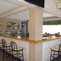 Отель Karina гостиничный бар