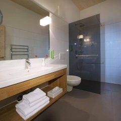 Отель Hells Ferienresort Zillertal Австрия, Фюген - отзывы, цены и фото номеров - забронировать отель Hells Ferienresort Zillertal онлайн ванная фото 2