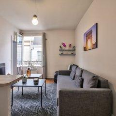 Апартаменты 83 - Classy Apartment Paris Le Marais комната для гостей фото 5