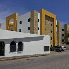 Отель Las Golondrinas Плая-дель-Кармен парковка
