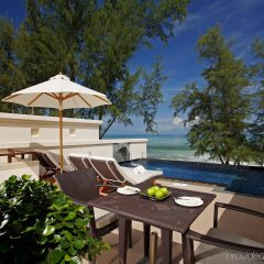 Отель Dusit Thani Laguna Phuket бассейн фото 2
